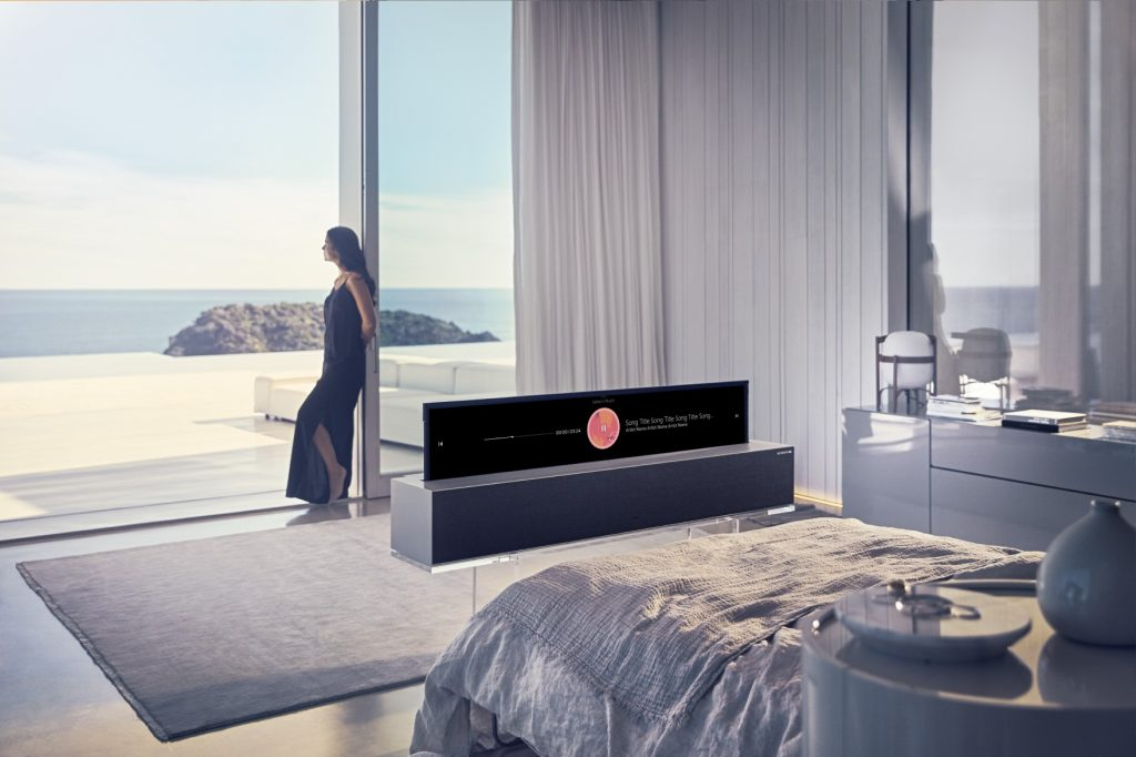 LG's rollable TV